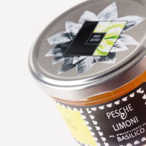 CORTE LUCEOLI Composta Pesche & Limoni al profumo di Basilico  g.250